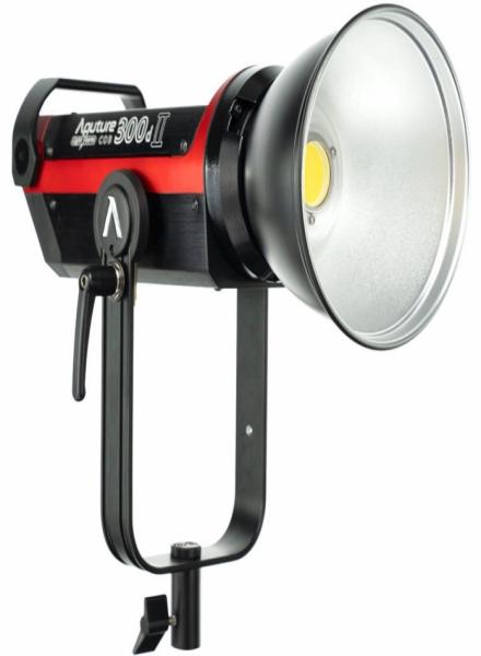 Apurture C300d II LED